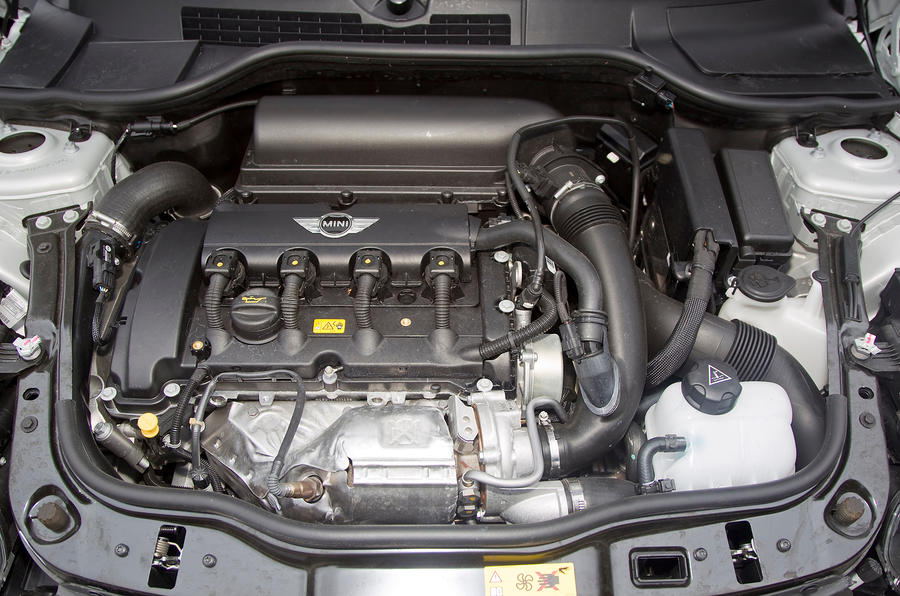 Mini Coupé twin-scroll turbocharged engine