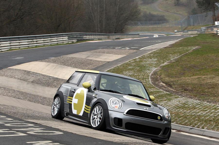 Mini E Race tackles the 'Ring