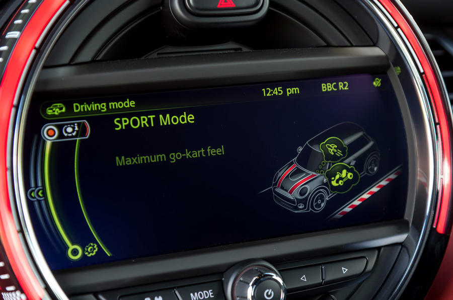 Mini JCW dynamic driving modes