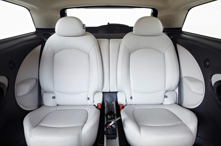 Mini Paceman rear twin seats