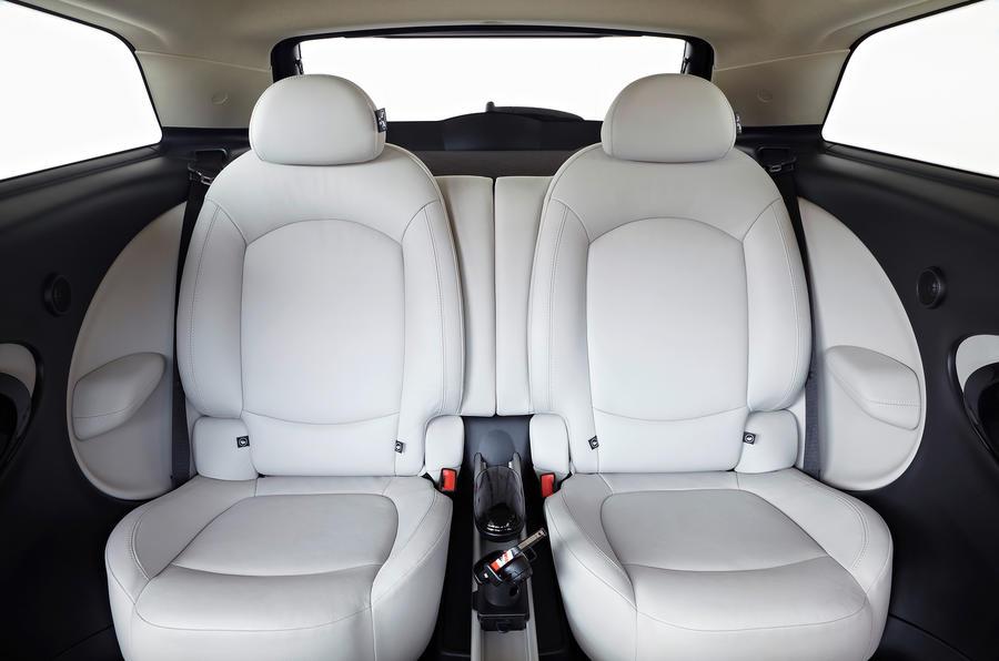 Mini Paceman rear twin seats