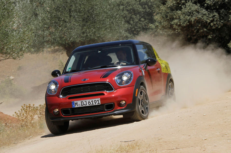 Mini Paceman Cooper S off-roading