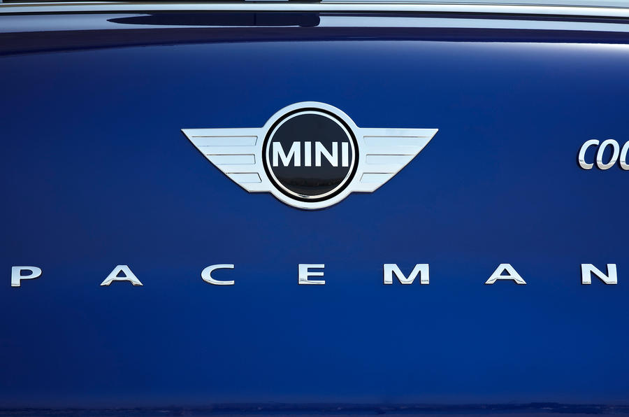 Mini Paceman badging
