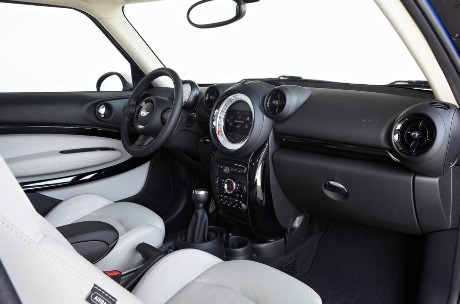 Mini Paceman dashboard