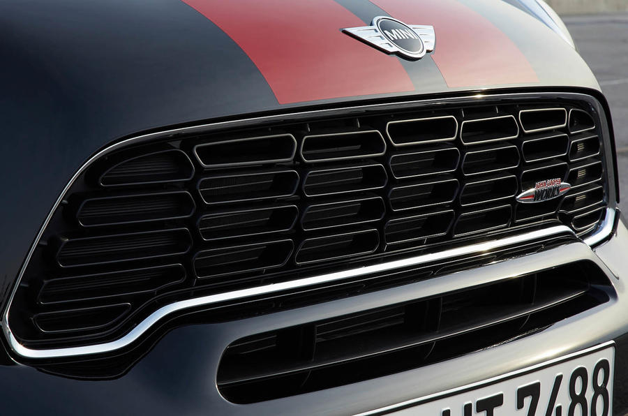 Mini Paceman JCW front grille