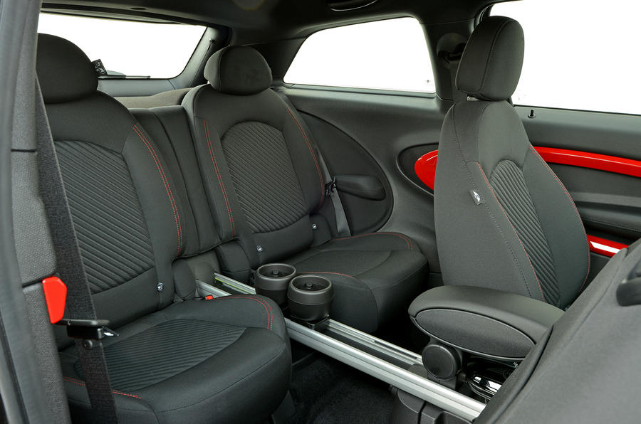 Mini JCW Paceman All4 rear seats