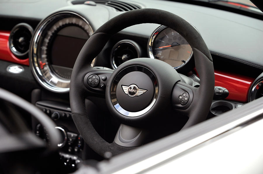 Mini Roadster JCW dashboard