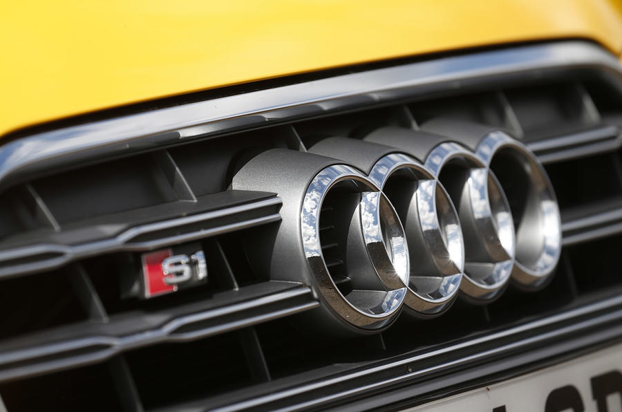 Midget gem specials - Audi S1 versus Mini Cooper S