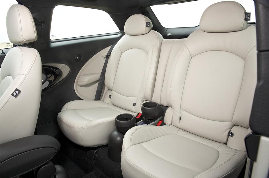 Mini Paceman rear seats