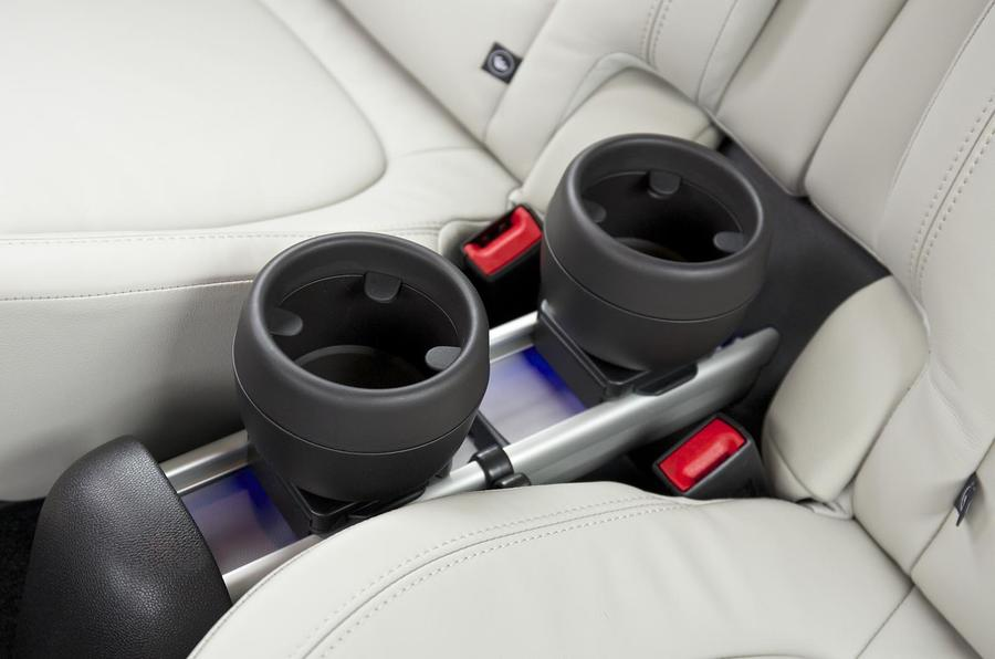 Mini Paceman cupholders