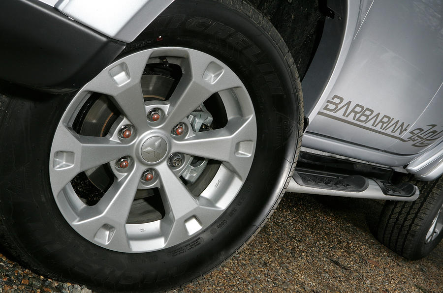 Mitsubishi L200 alloy wheels