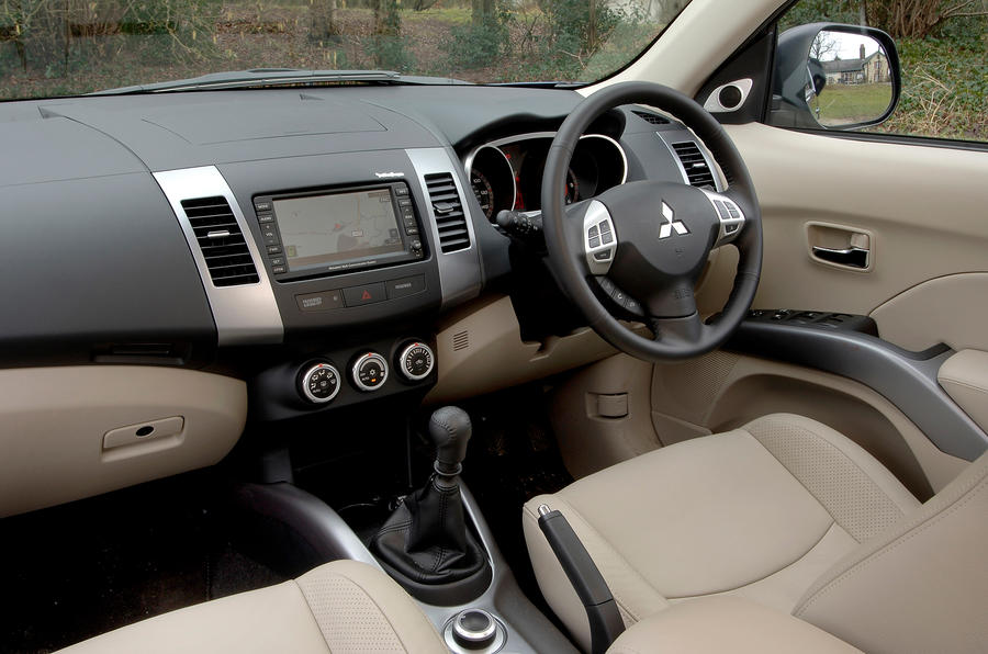 mitsubishi outlander 2007 2012 review autocar. Black Bedroom Furniture Sets. Home Design Ideas