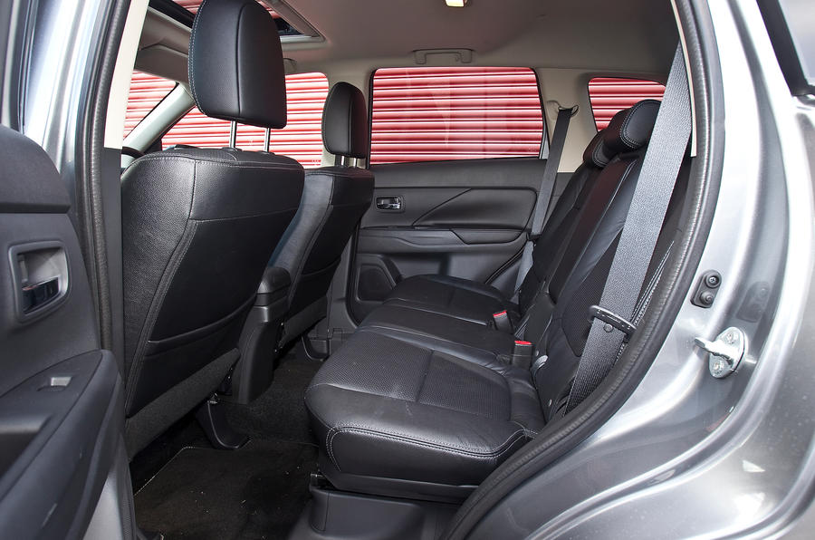 Mitsubishi Outlander rear seats