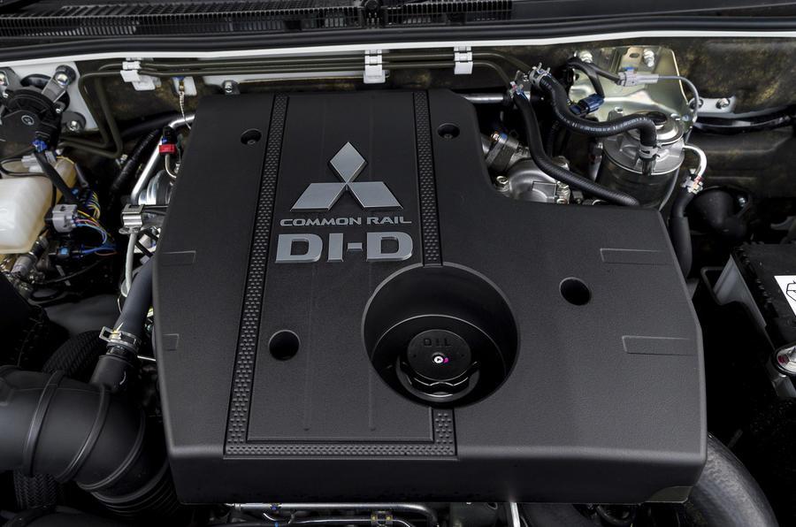 Mitsubishi Shogun diesel engine