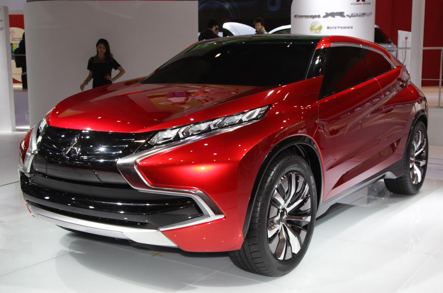 Mitsubishi XR-PHEV concept unveiled