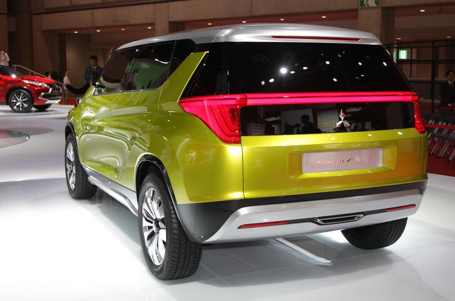 Mitsubishi Concept AR revealed at Tokyo motor show