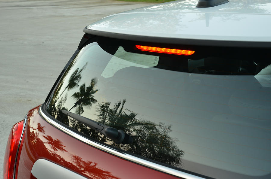 Mini Cooper rear windscreen