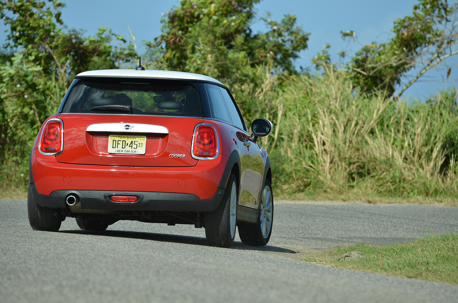 Mini Cooper rear cornering