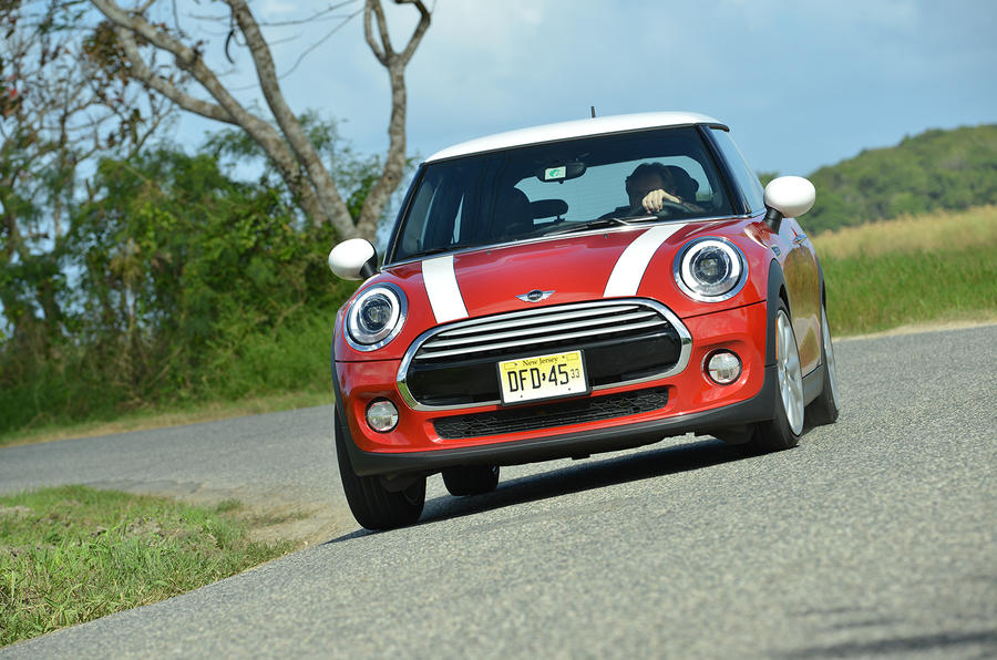 Mini Cooper hard cornering