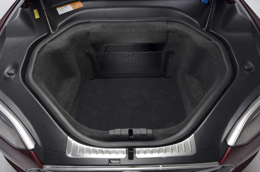 Tesla Model S P85D boot space