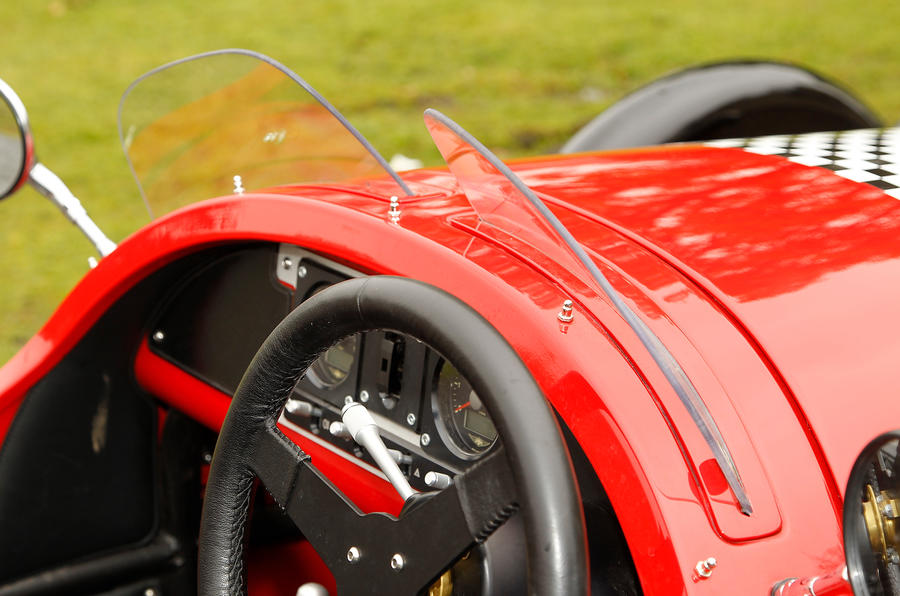 Morgan 3 Wheeler windscreen wipers