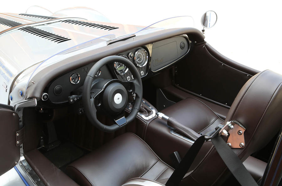 Morgan Plus 8 Speedster interior