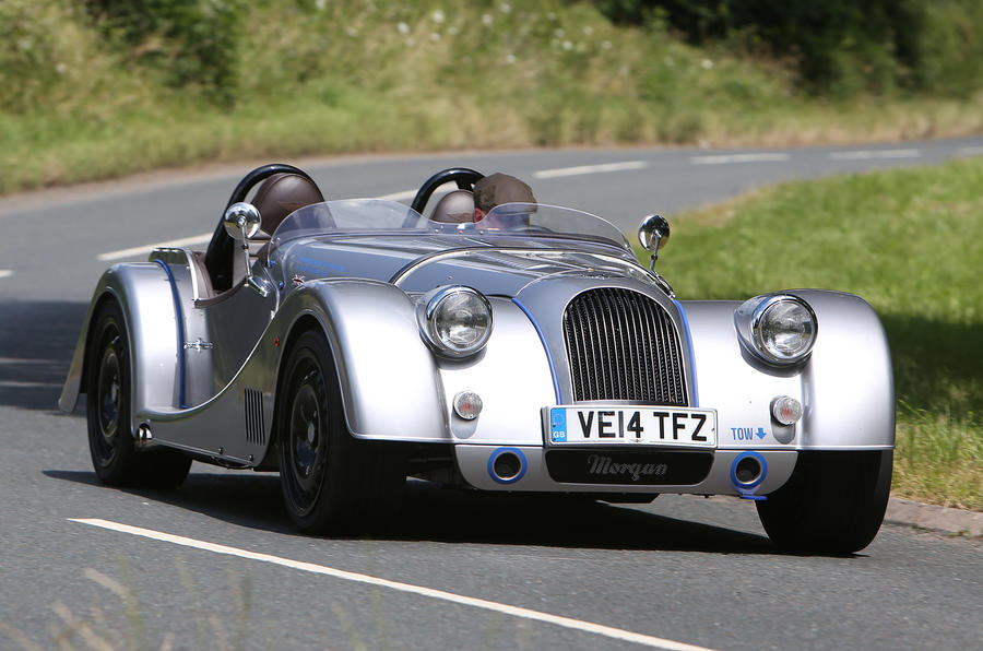 Morgan Plus 8 Speedster cornering