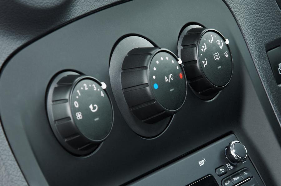 Mercedes-Benz Citan switchgear