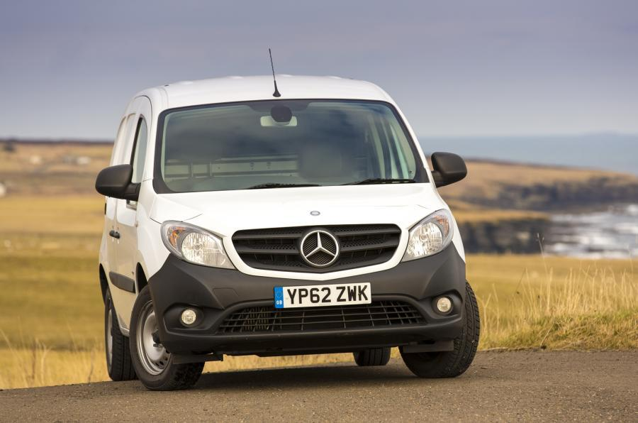 4 star Mercedes-Benz Citan