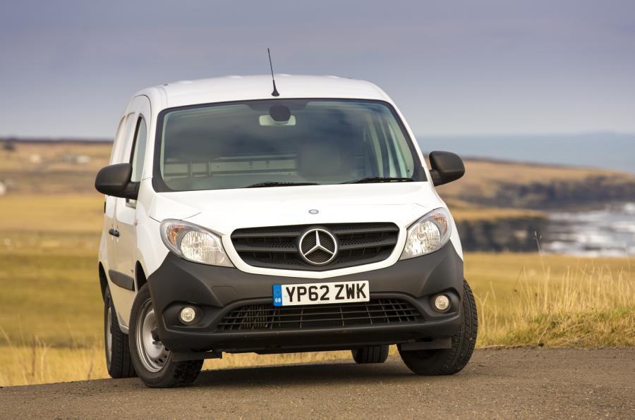 4 star Mercedes-Benz Citan