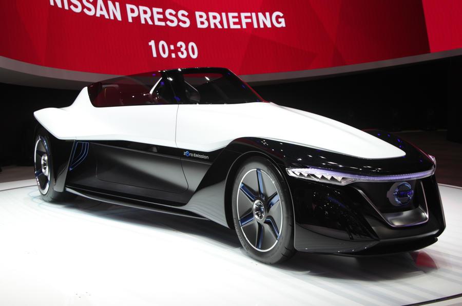 Tokyo motor show 2013: Nissan BladeGlider