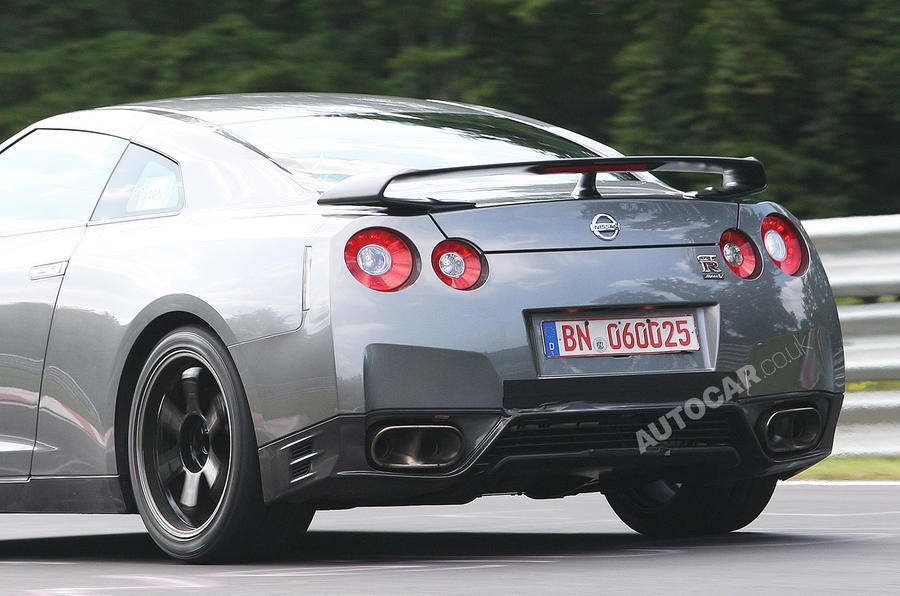 Nissan plans luxury GT-R 'Egoist'