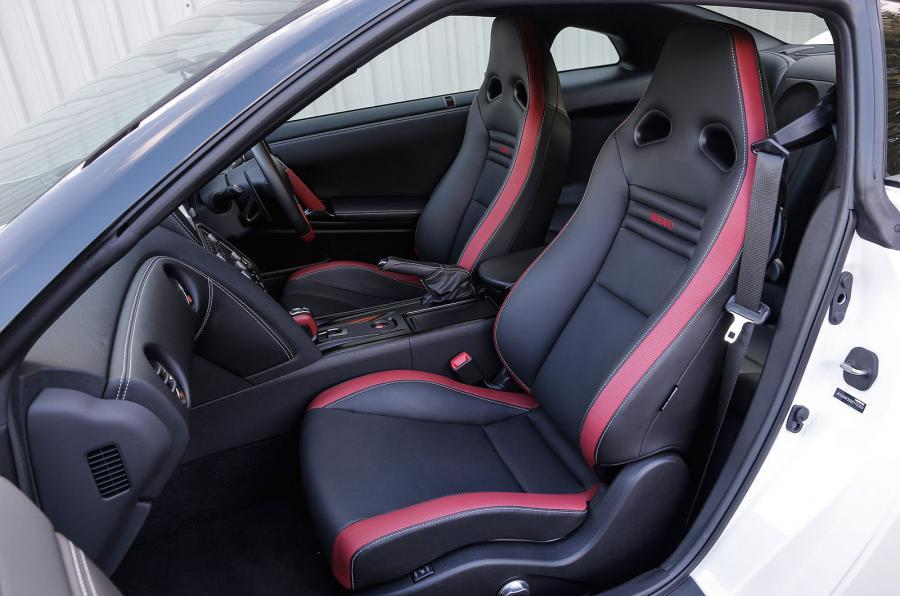 Nissan GT-R Track Edition sport seats