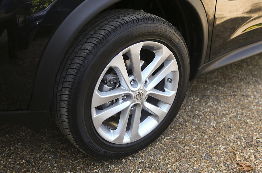 17in Nissan Juke Acenta Premium alloy wheels