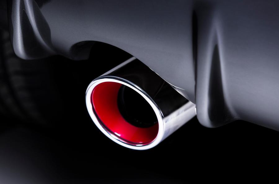 Nissan Juke Nismo single exhaust