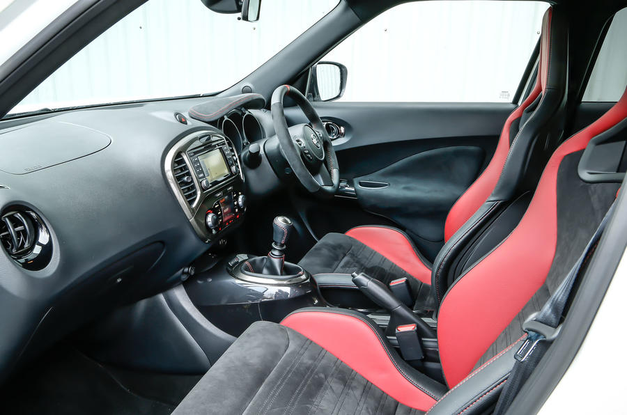 Inside the Nissan Juke Nismo RS