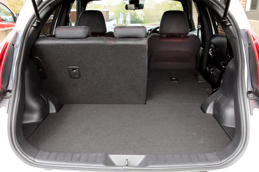 Nissan Juke Nismo boot space