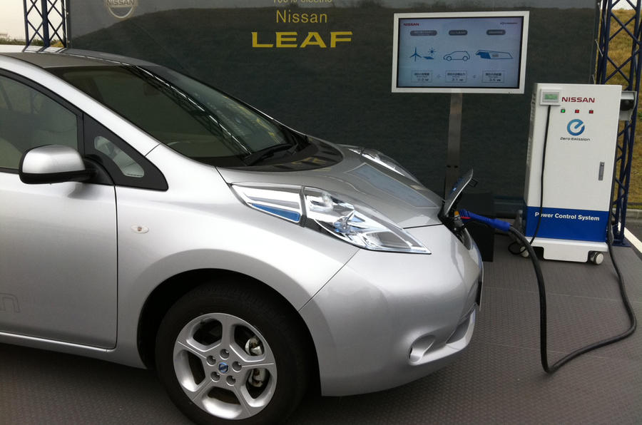 Nissan Leaf 'can power your home'