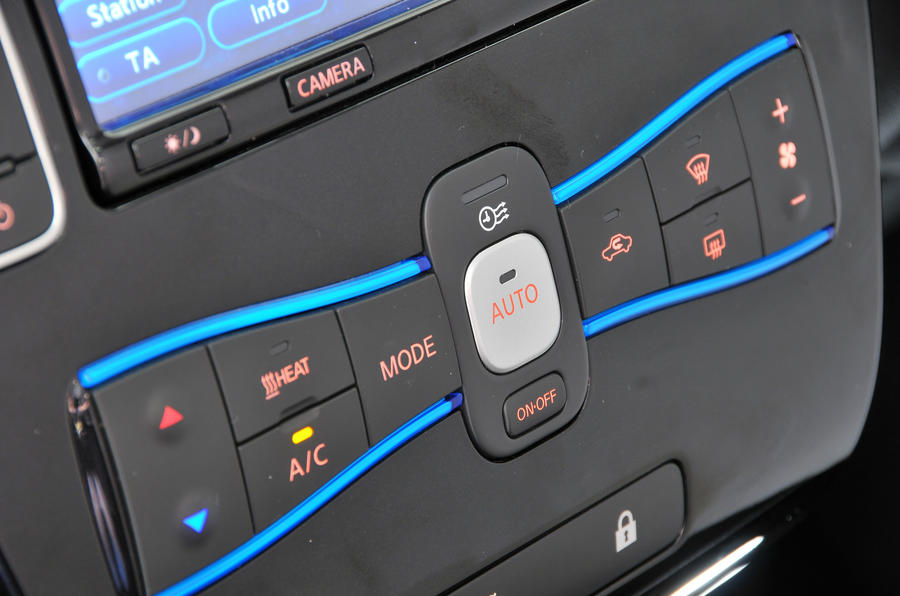 Nissan Leaf climate control