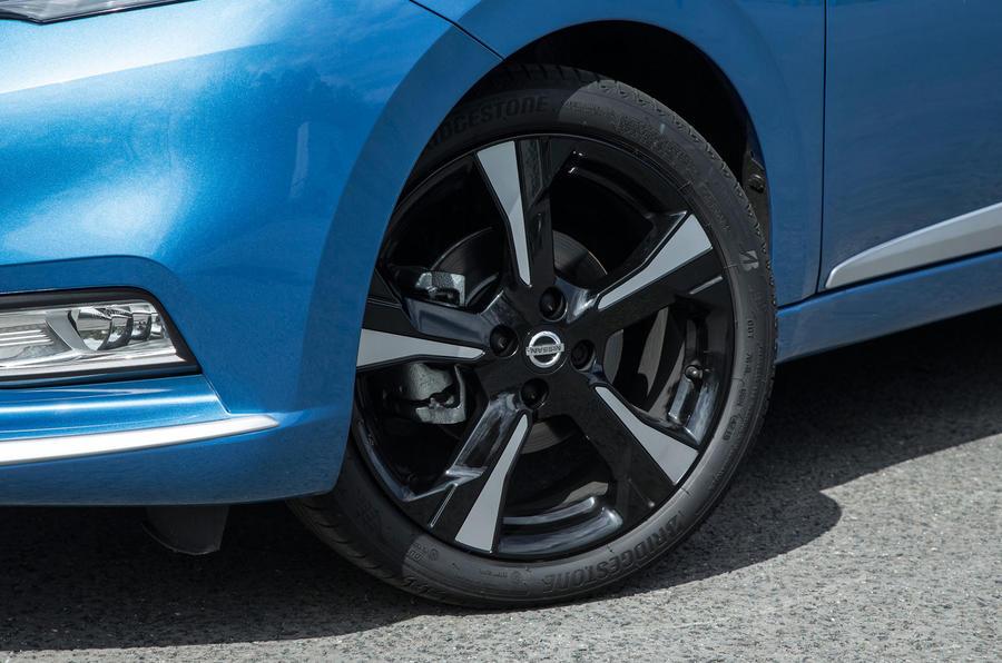 17in Nissan Micra alloy wheels