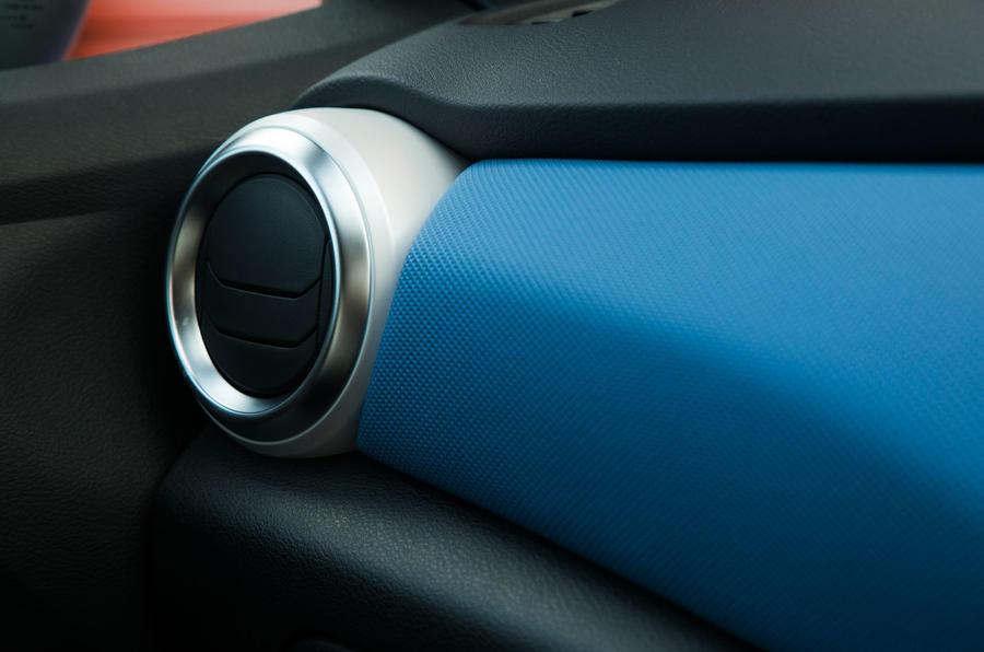 Nissan Micra air vents