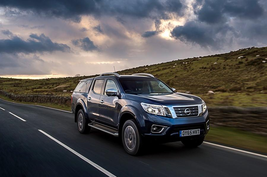 nissan navara np300 review 2017 autocar. Black Bedroom Furniture Sets. Home Design Ideas