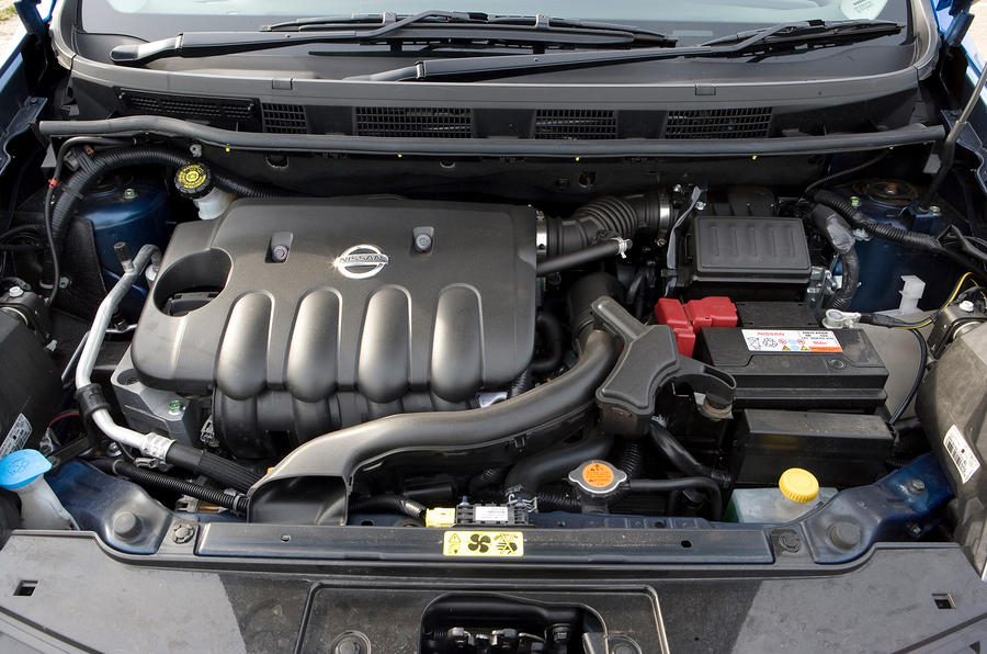 Nissan Note engine bay