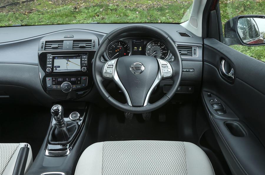 Nissan Pulsar dashboard