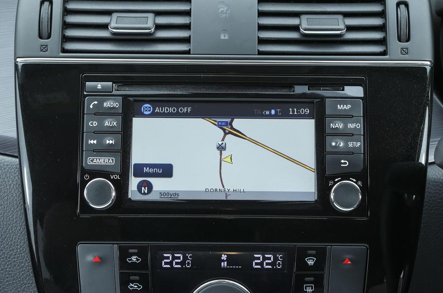 Nissan Pulsar infotainment system