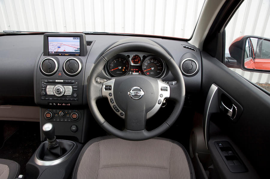 nissan qashqai 2007 2014 interior autocar. Black Bedroom Furniture Sets. Home Design Ideas