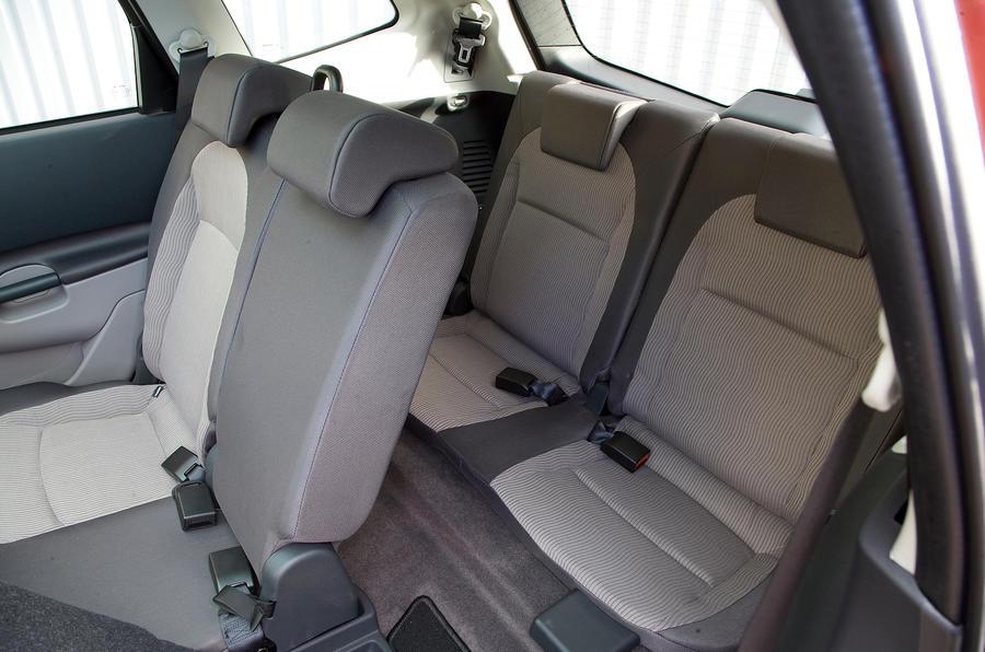 Nissan Qashqai third row seats