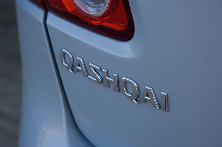 Nissan Qashqai badging