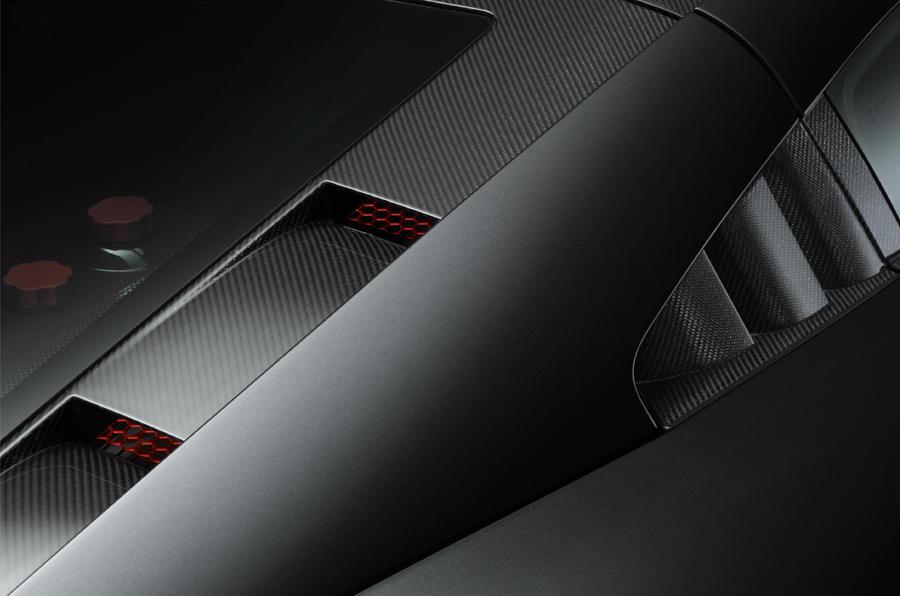 Noble unveils production M600