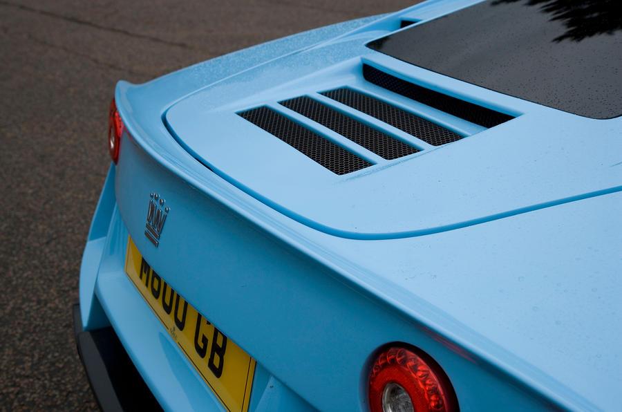 Noble M600 rear air vents